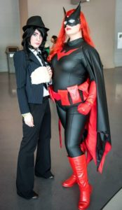 Batwoman & The Question couples Halloween cosplay ideas