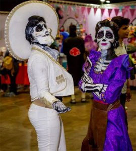 Dia de los muertos couples Halloween costume ideas