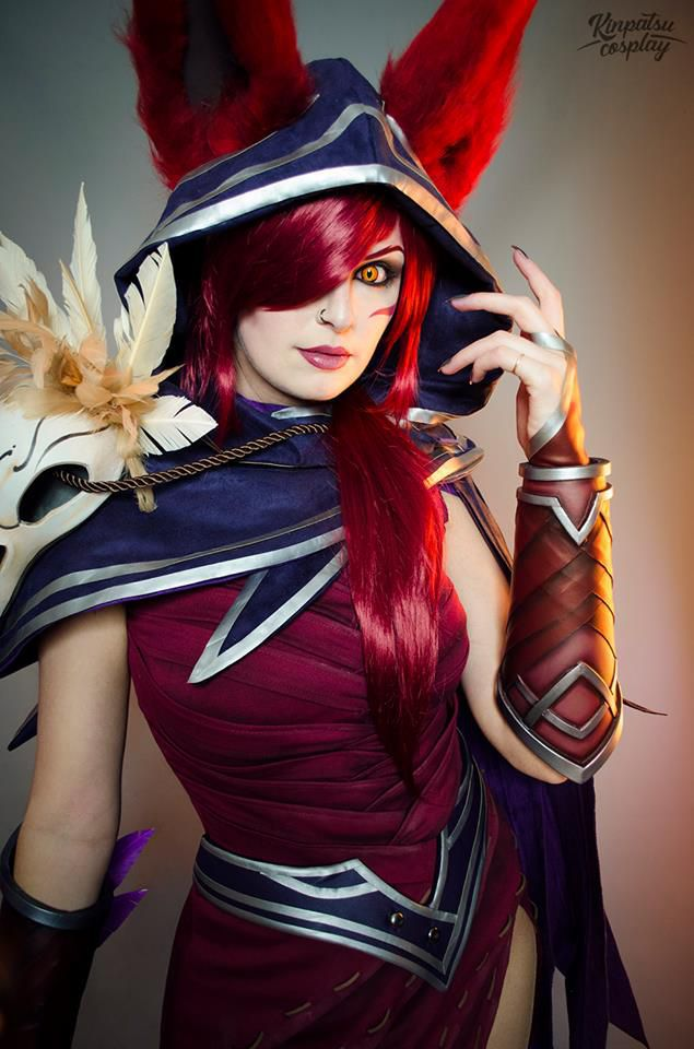 Xayah Cosplay by Kinpatsu Cosplay